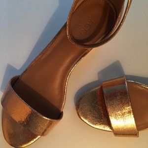 J. CREW METALLIC DEMI WEDGE SANDALS SZ 8.5